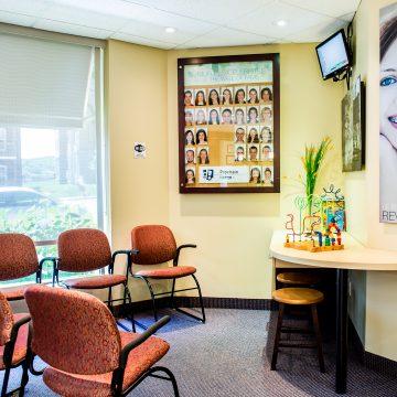 Visite de la clinique - Salle d'attente 2